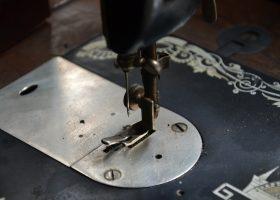 sewing-machine-324764_1920